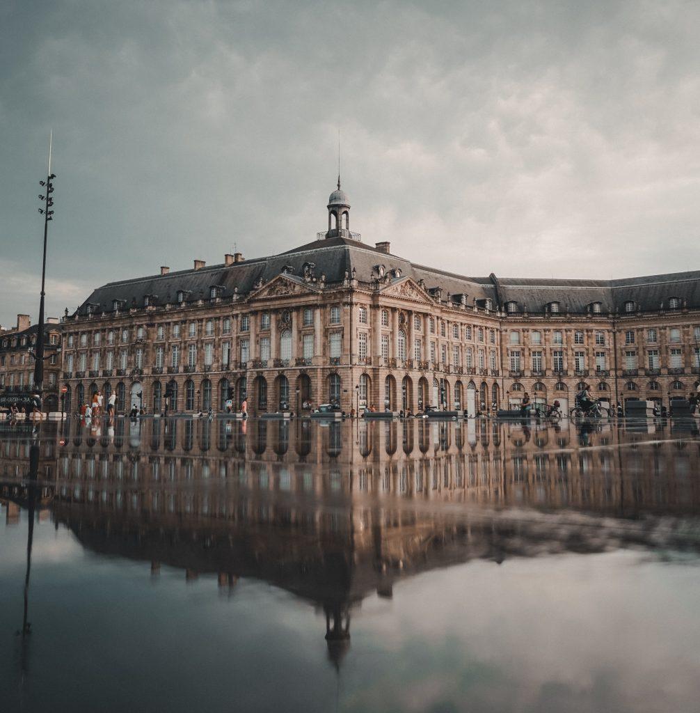 Place de la Bourse et miroir d'eau