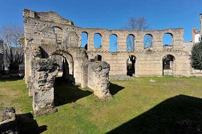 ruines du palais gallien